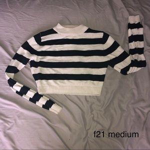 Medium Forever 21 Cropped Striped Sweater